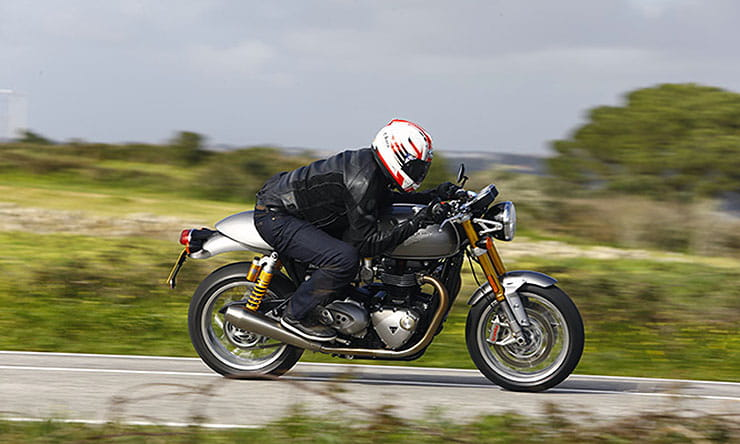 Triumph Thruxton 1200R 2016 Review Used Guide_thumb