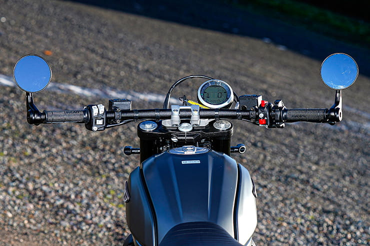 Ducati Scrambler Nightshift 2021 Review Price Spec_09