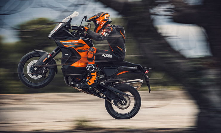 KTM 1290 Super Adventure 2021 Details Price Spec_ thumb