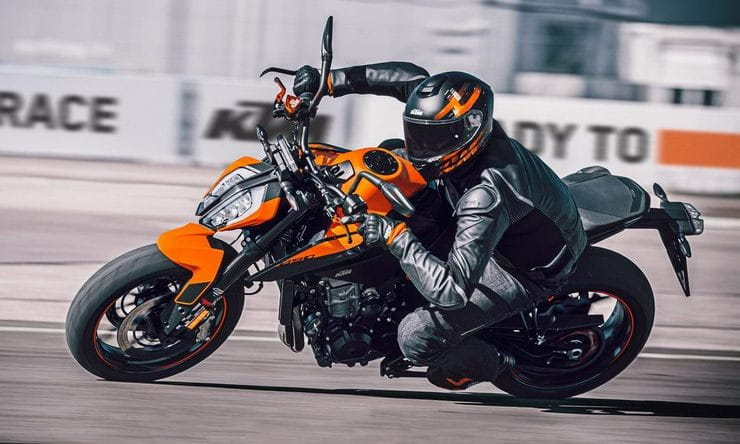 KTM 890 DUKE 2021 Details Price Spec_thumb