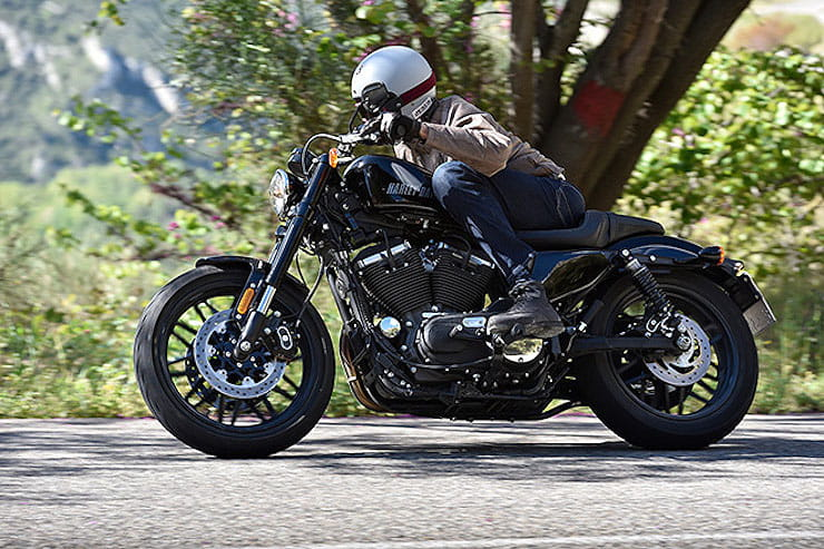 Harley Davidson XL1200R Sportster Roadster Review used Price Spec (7)