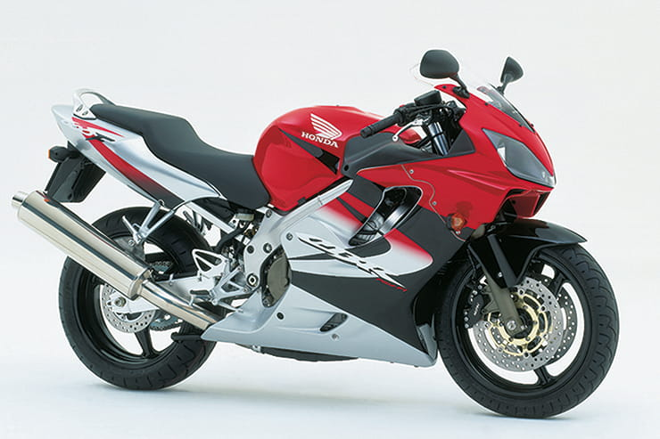 Honda CBR600F Sport Review Used Price Spec_04
