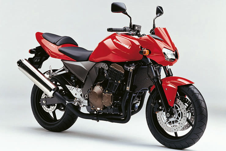 Kawasaki Z750 2004 Review Used Price Spec_02
