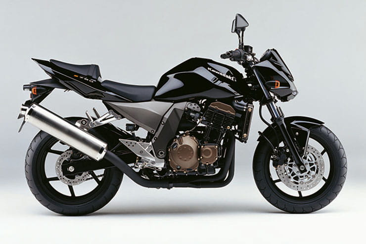 Kawasaki Z750 2004 Review Used Price Spec_08
