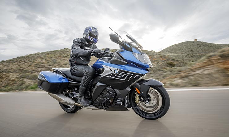 Bmw K1600gt 2017 First Ride And Review
