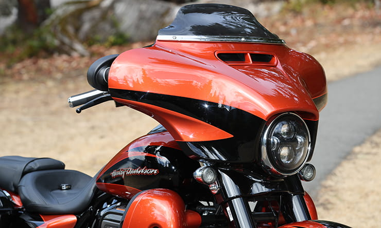 Harley-Davidson CVO Street Glide (2017) - first ride and review