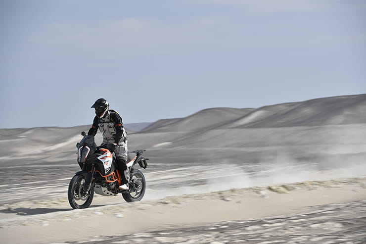 BikeSocial guest tester, Simon Hargreaves, on the new 2017 KTM 1290 Super Adventure R