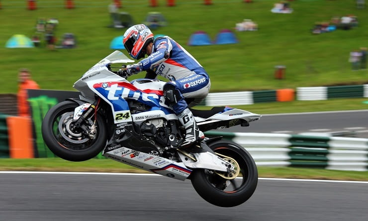Christian Iddon flies at the Mountain Cadwell Park 2016