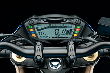 Instrument panel taken from the GSX-S1000