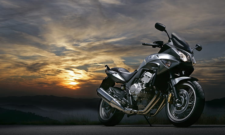 Honda CBF600 Review and Specs (2008-2013) | BikeSocial on