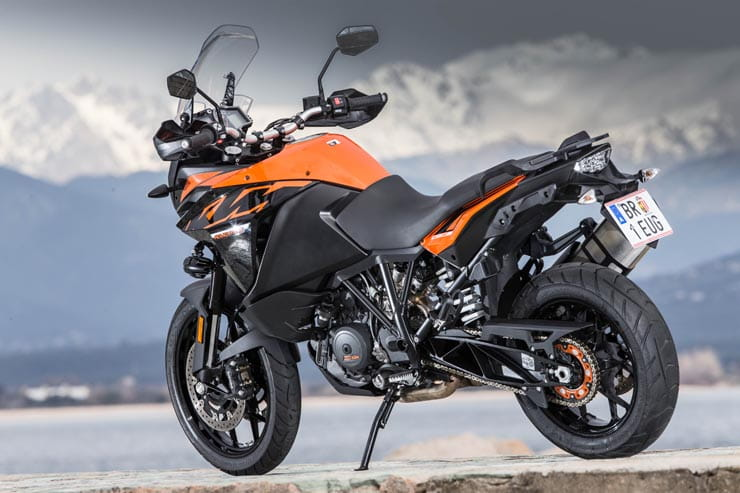 2018 Ktm Super Adventure R >> KTM 1090 Adventure (2017) - first ride and review