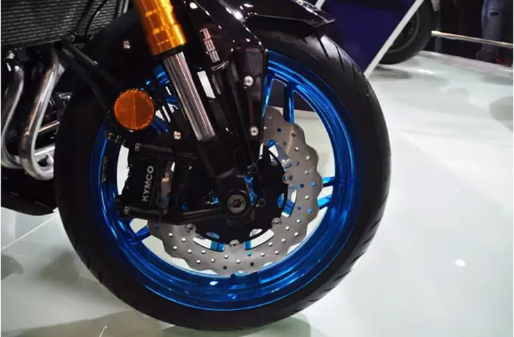 Front wheel and brake on the Kymco K-Rider