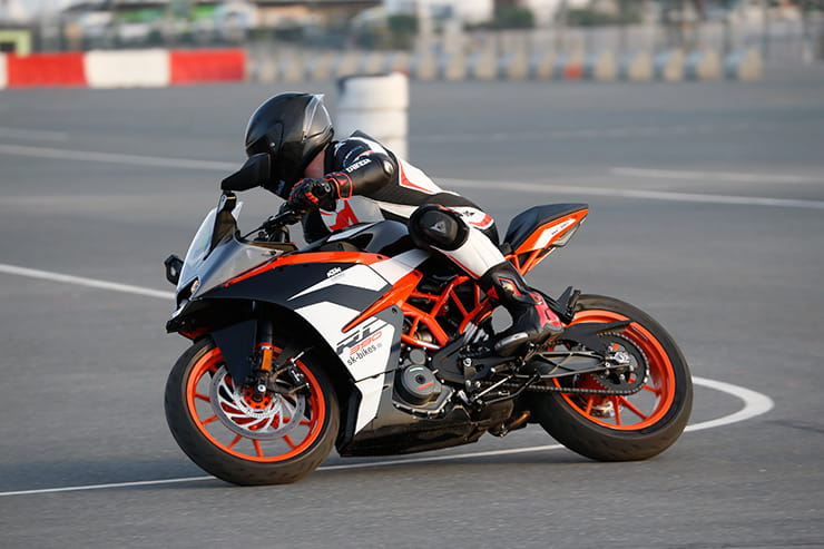 KTM RC390 with Michelin Power RS