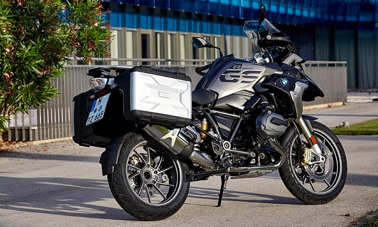bmw r1200gs rallye and te exclusive 2017 first ride. Black Bedroom Furniture Sets. Home Design Ideas