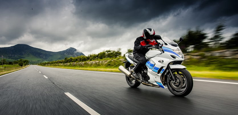 Bennetts Motorbike Insurance >> Winter Motorcycle Riding Tips - Staying Safe on the Roads