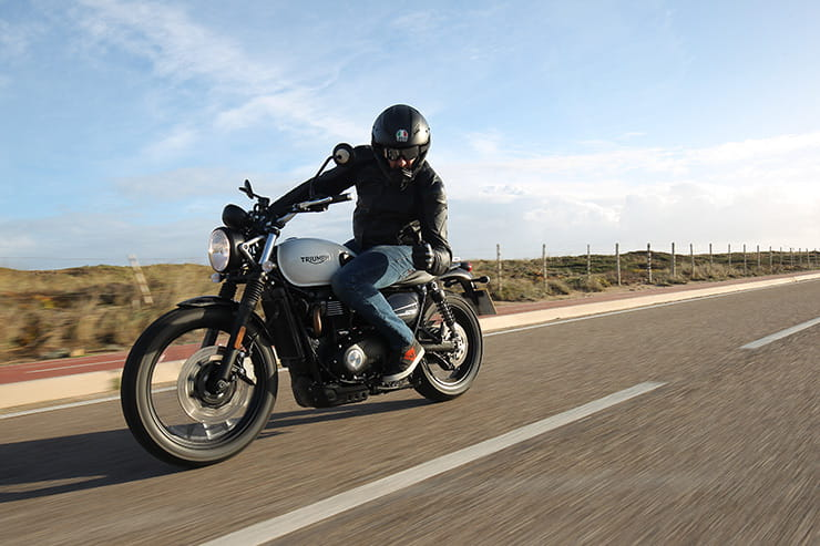 Thumbs up for the 2019 Triumph Street Scrambler