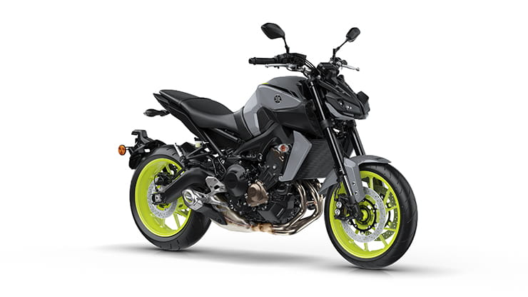 Yamaha MT-09 available in three colours: Night Fluo
