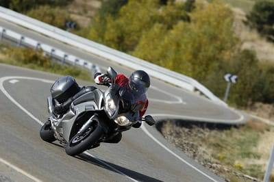 Yamaha's FJR1300A in action