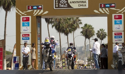 Yamaha's Verhoeven sets off on day two