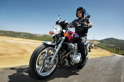 Honda's CB100 doesn't just look old, it feels like a classic to ride too, but in a very good way