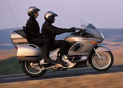 Bmw Launched The Original K1200lt In 1999 And Big Touring Bus Quickly Went To Top Of Podium 2004 Released A Revamped Version