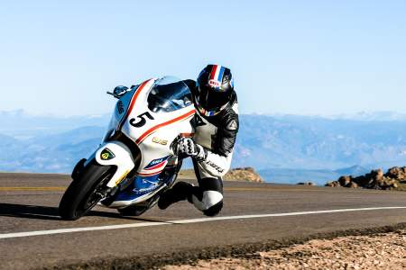 Carlin Dunne glides up Pikes Peak