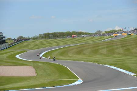 Tom Sykes leads through the Craner Curves at Donington Park