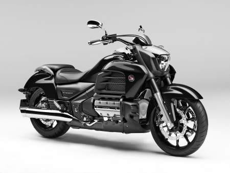 Honda unveils new Gold Wing F6C for 2014