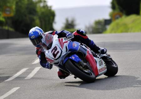 Ex-factory Honda rider Keith Amor will be on board a Manx Norton at the Classic TT in 2014
