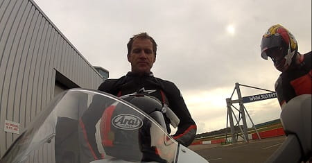 Hodgson gives his feedback on the Panigale 899 to Bike Social's Marc Potter