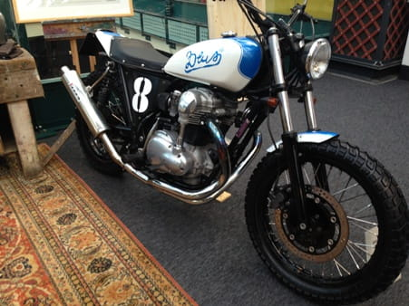 DeusExMachina flat tracker built in Oz using W650