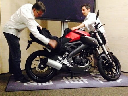 The covers are (quite literally!) pulled of the Yamaha MT125 in Barcelona just now!