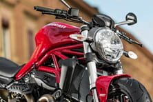 Ducati Monster 821 low front