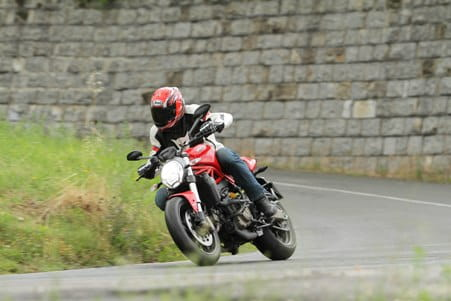 The Monster 821 impresses with its agility