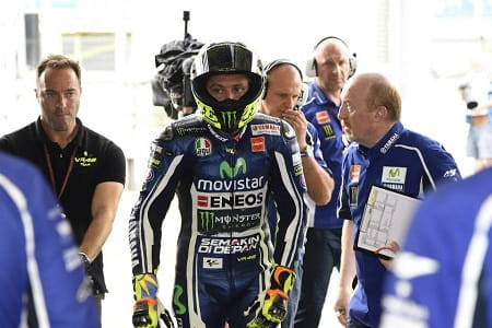 Rossi will remain in MotoGP until at least 2016