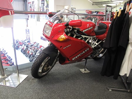 Nice 900SS Superlight at Moto Rapido. It was bought for owner Wilf by his wife.
