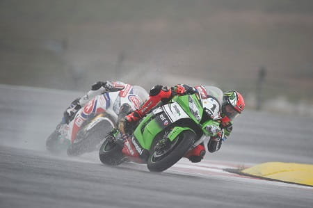 Sykes took no risks in the rain