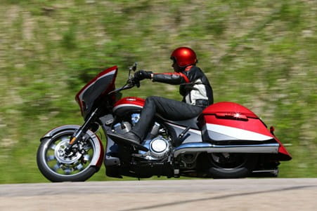 Victory Magnum with 50-degree Freedom 106 V-twin