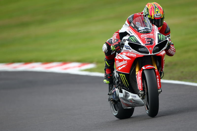 Brookes dominated Race 3 in iffy conditions