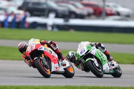 Redding trying his best to keep up with Marquez