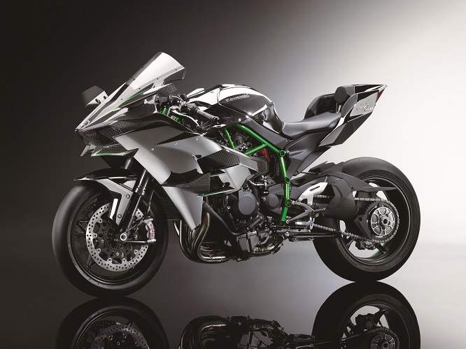 Closed road version of Kawasaki's forthcoming Ninja H2