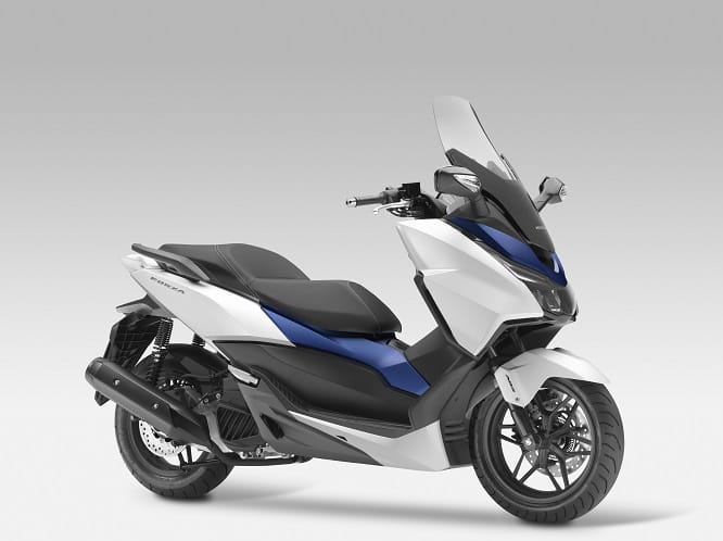 Honda Forza 125 in Matt Pearl Cool White with Matt Pacific Blue