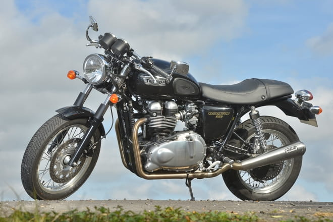 Triumph Thruxton 900 Two Week Test