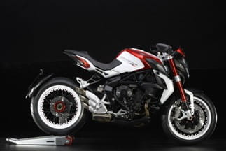 Dragster 800RR in Red/White