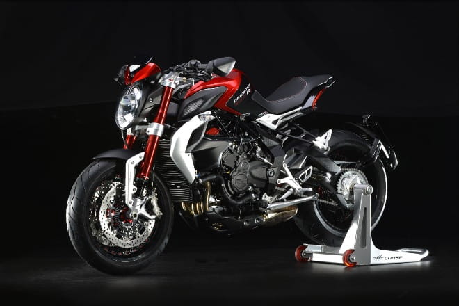 Dragster 800RR in Red/Black