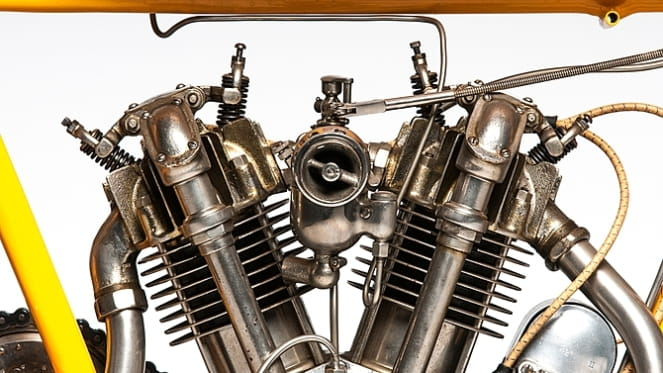 996cc V-Twin from 1915
