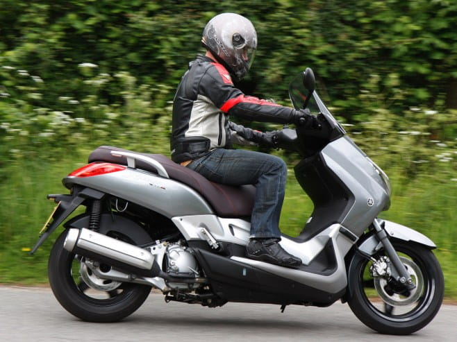 21bhp and 15ft-lbs of torque gives a top speed of over 75mph