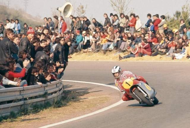 Phil Read on the last GP held at Clermont-Ferrand in 1988