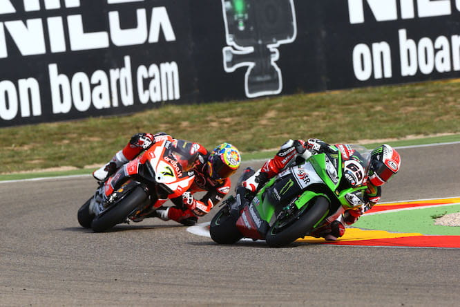 Davies came close to beating Rea in Race 1