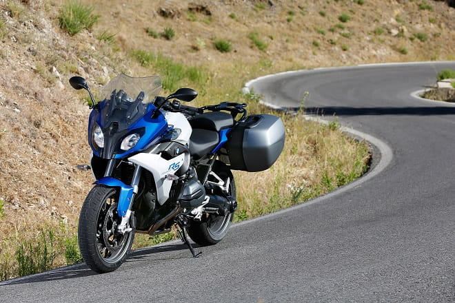 BMW's R1200RS in Spain, our man Marc Potter is at the launch. First impressions are that it's a fast, comfortable cross-country bike.